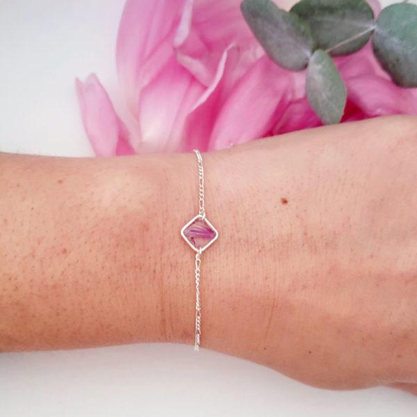 Bracelet en argent 925 avec fleurs de chardon rose porté
